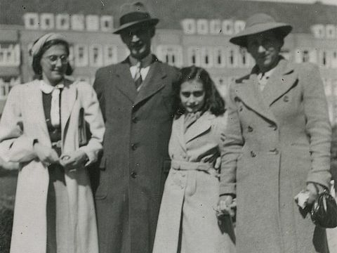 Margot, Otto, Anne und Edith Frank